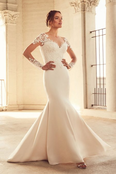 4799 Wedding Dress from the Paloma Blanca Spring 2018 Bridal Collection