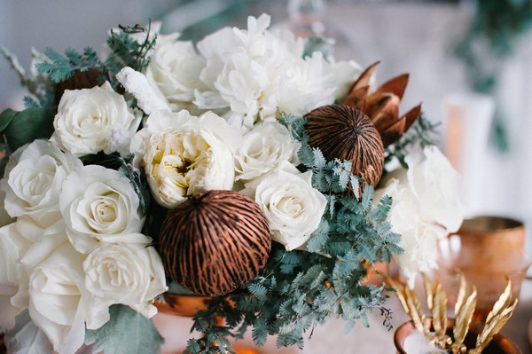White wedding table flowers