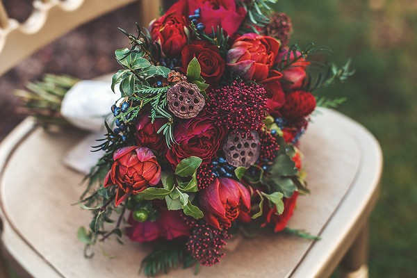 Red Christmas wedding bouquet