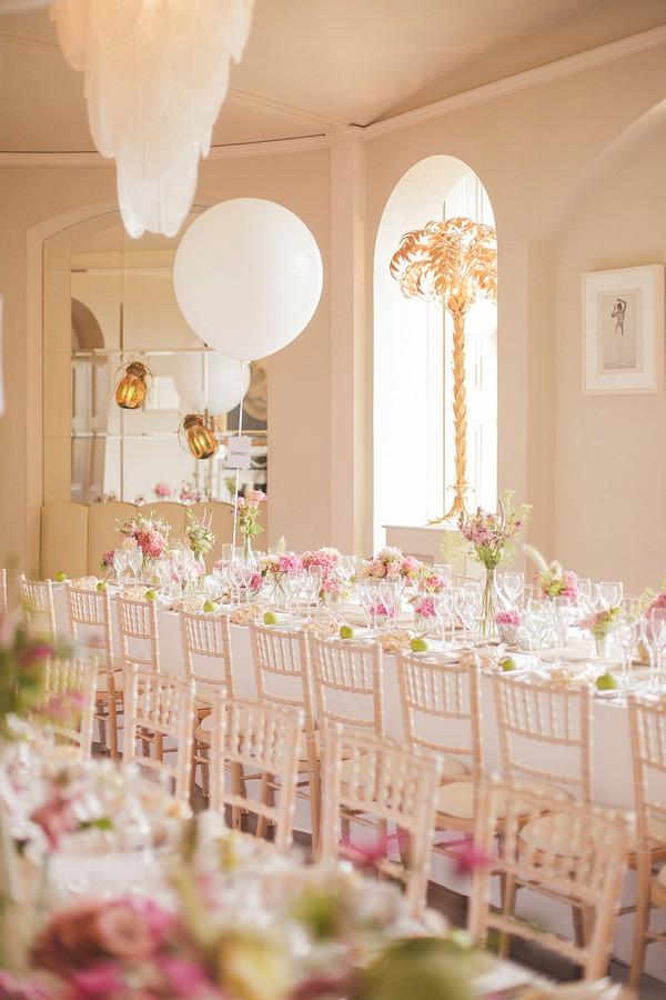 Elegant Vintage Wedding Table Flowers