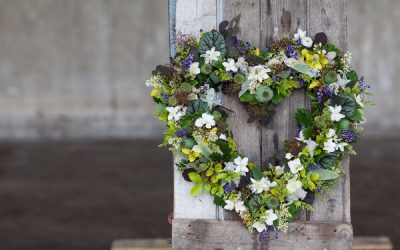 Using Seasonal British Wedding Flowers