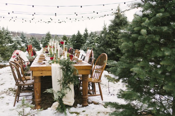 Winter wedding table styling on Christmas Tree Farm