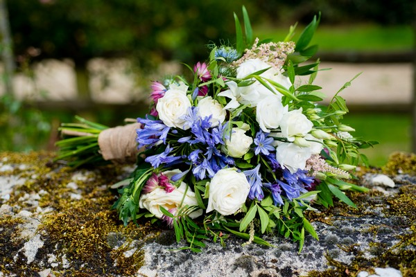 Rustic country style wedding bouquet