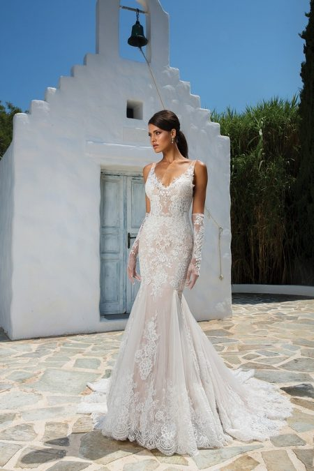 8961 Wedding Dress from the Justin Alexander Spring/Summer 2018 Bridal Collection