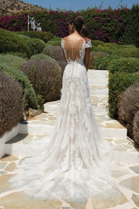 Back of 8963 Wedding Dress from the Justin Alexander Spring/Summer 2018 Bridal Collection