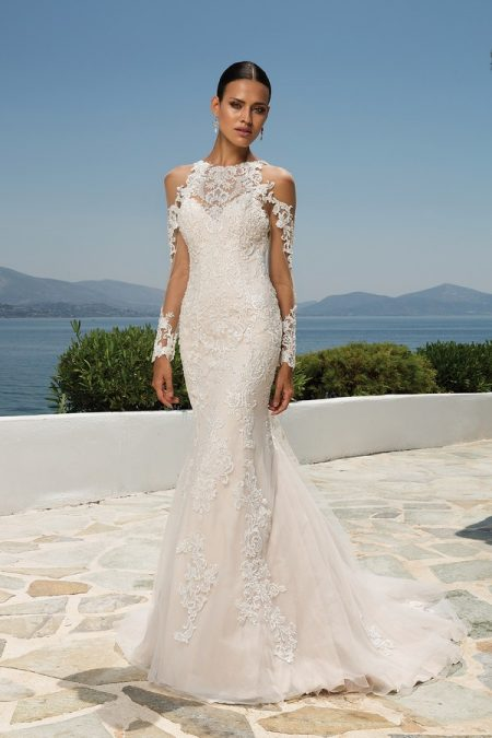 8964 Wedding Dress from the Justin Alexander Spring/Summer 2018 Bridal Collection