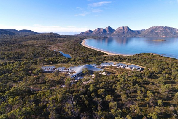 Saffire Freycinet, Tasmania. Destination for a Honeymoon in Australia