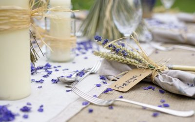 Ultra Violet Wedding Ideas Using Confetti and Wheat