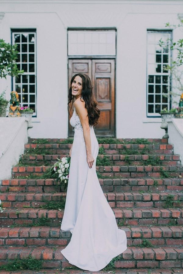 Bride on steps of Natte Valleij