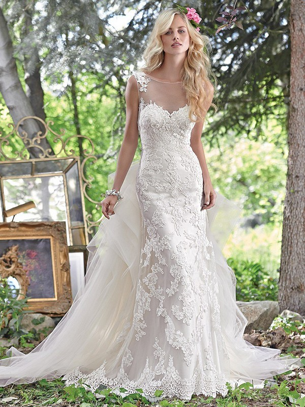 Jovi Wedding Dress with Panel Train
