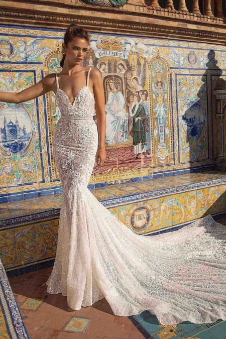 18-111 Wedding Dress from the BERTA Seville F/W 2018 Bridal Collection