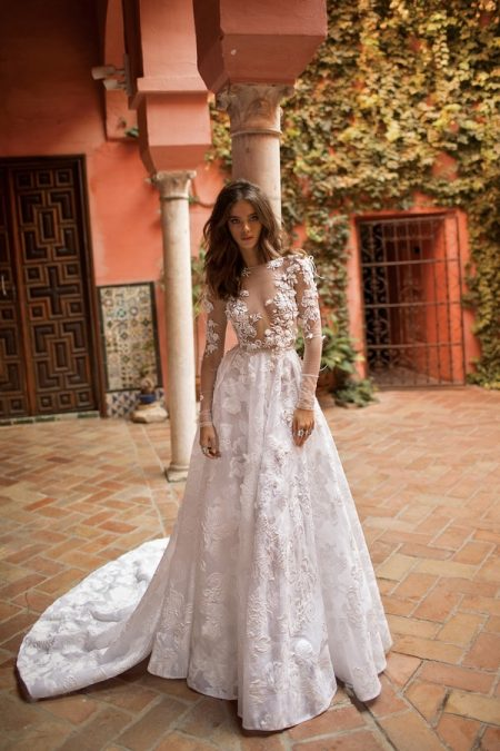 18-113 Wedding Dress from the BERTA Seville F/W 2018 Bridal Collection