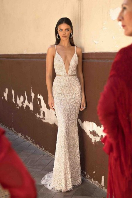 18-125 Wedding Dress from the BERTA Seville F/W 2018 Bridal Collection