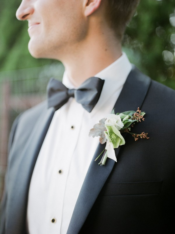 Groom's bow tie and buttonhole