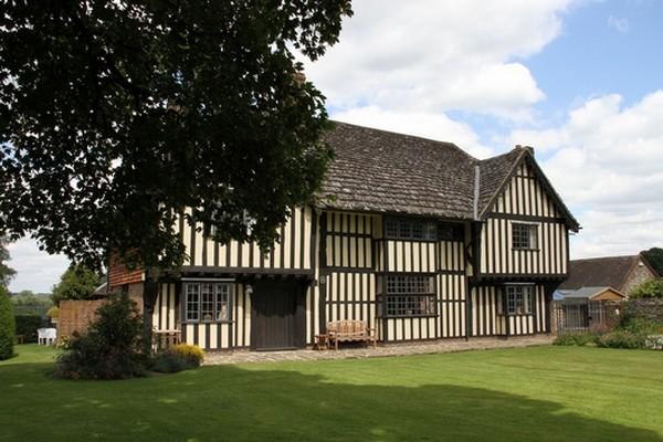 Brewerstreet Farmhouse in Surrey