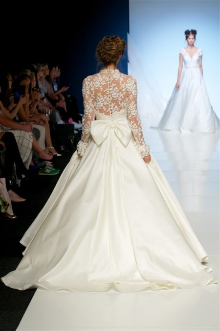 Back of Faith Wedding Dress from the Sassi Holford 2018 Bridal Collection