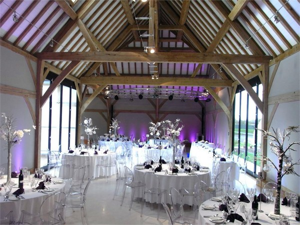 Wedding Tables in Redhouse Barn, Worcestershire