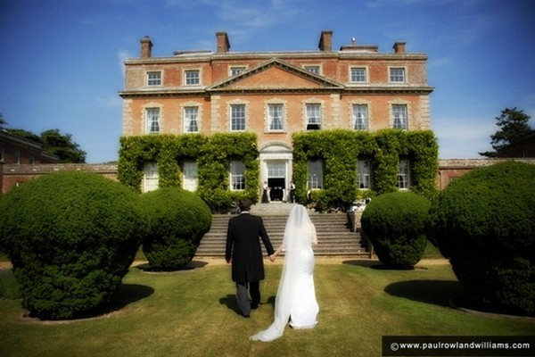 A Guide to Wedding Venue Costs