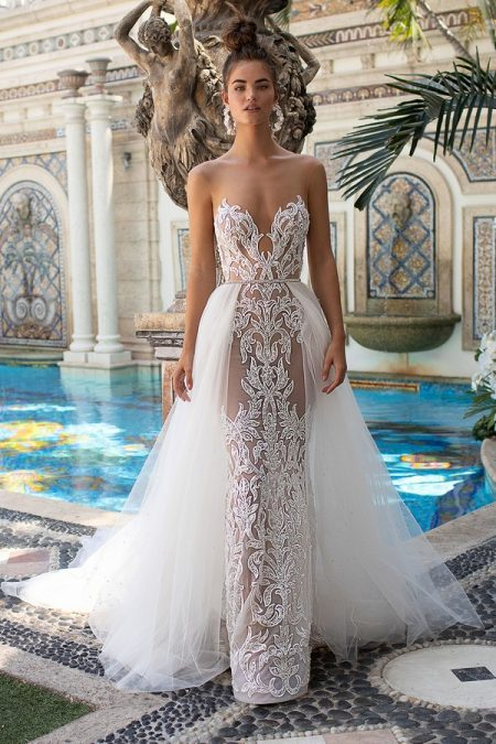19-18 Wedding Dress from the BERTA Spring/Summer 2019 Bridal Collection