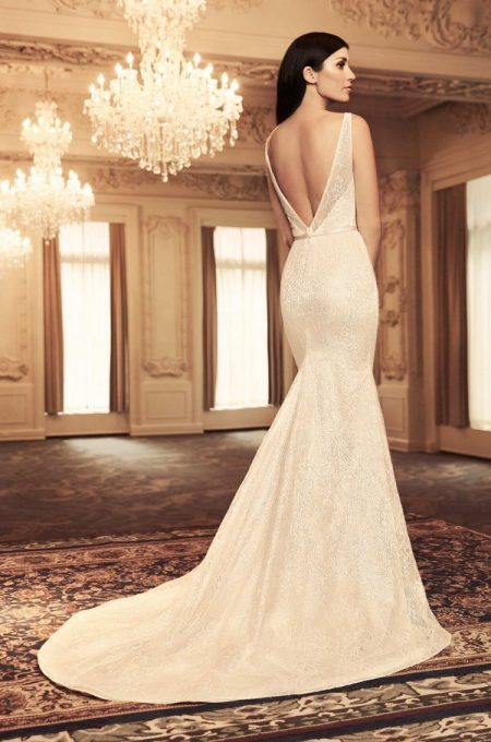 Back of 4804 Wedding Dress from the Paloma Blanca Fall/Winter 2018 Bridal Collection