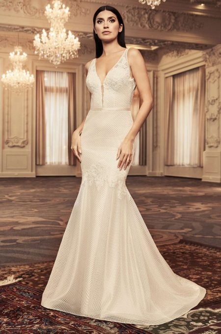 4806 Wedding Dress from the Paloma Blanca Fall/Winter 2018 Bridal Collection