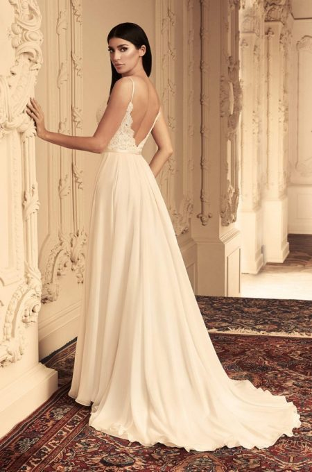 Back of 4814 Wedding Dress from the Paloma Blanca Fall/Winter 2018 Bridal Collection
