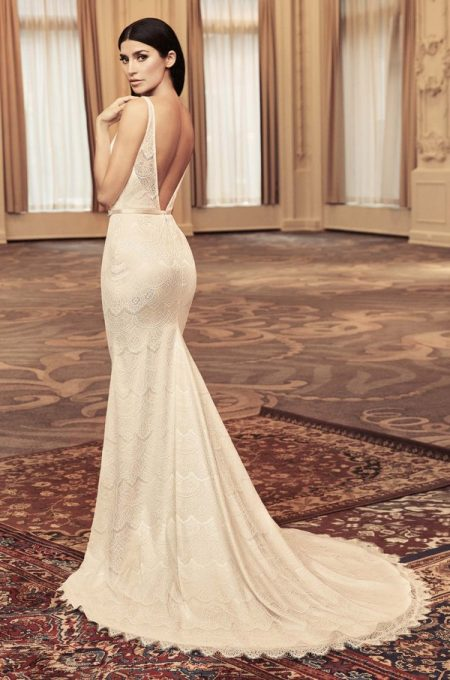 Back of 4815 Wedding Dress from the Paloma Blanca Fall/Winter 2018 Bridal Collection