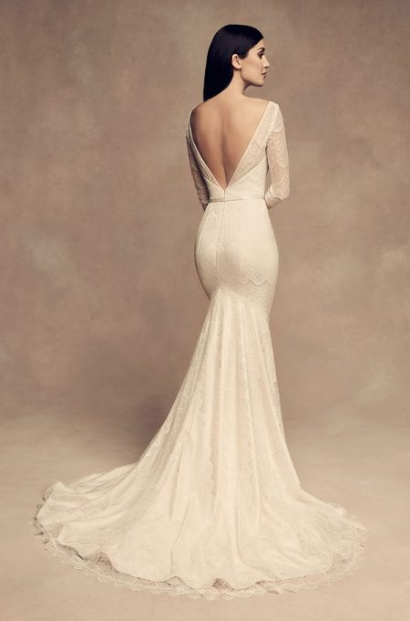Back of 4817 Wedding Dress from the Paloma Blanca Fall/Winter 2018 Bridal Collection