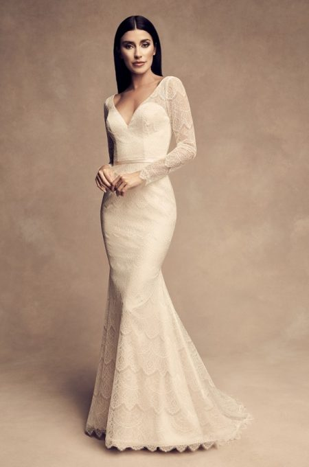 4817 Wedding Dress from the Paloma Blanca Fall/Winter 2018 Bridal Collection