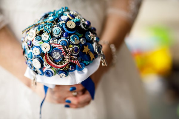 Button and brooch bridal bouquet