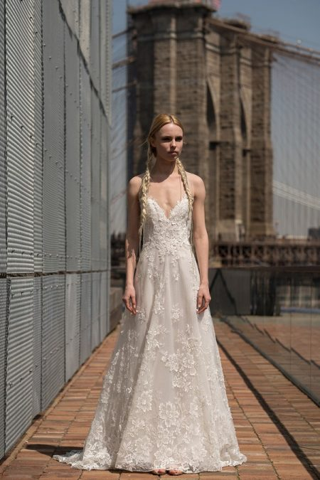 Garbo Wedding Dress from the Rita Vinieris Alyne Spring 2019 Bridal Collection