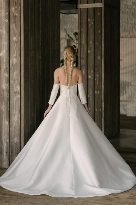 Back of Hepburn Wedding Dress from the Rita Vinieris Rivini Spring 2019 Bridal Collection