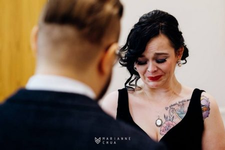 EMotional bride crying in front of groom - Picture by Marianne Chua Photography