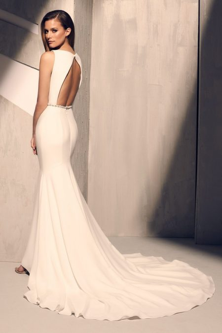 Back of 2200 Wedding Dress from the Mikaella Fall 2018 Bridal Collection