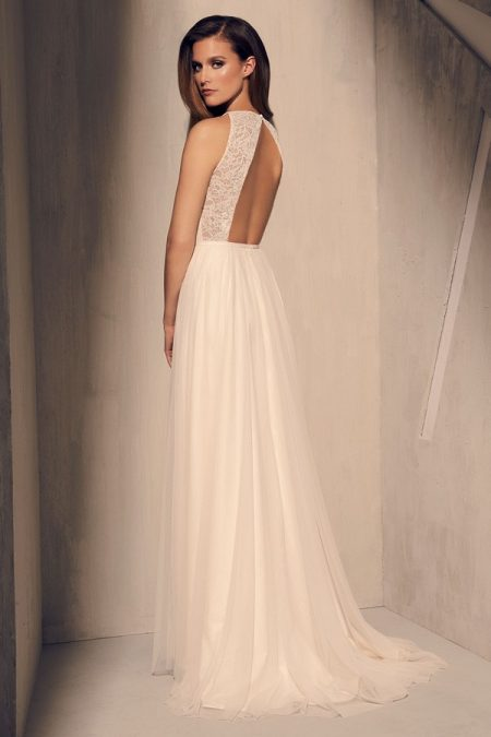 Back of 2202 Wedding Dress from the Mikaella Fall 2018 Bridal Collection
