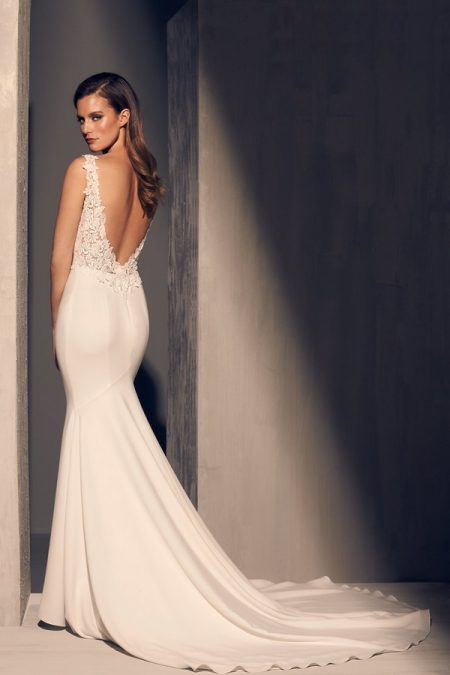 Back of 2206 Wedding Dress from the Mikaella Fall 2018 Bridal Collection