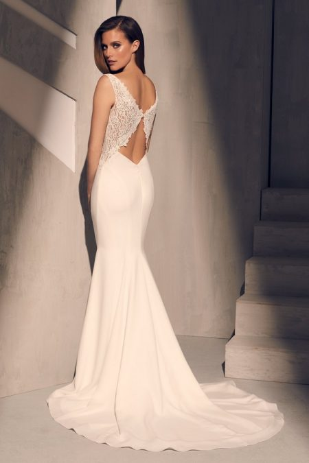 Back of 2211 Wedding Dress from the Mikaella Fall 2018 Bridal Collection