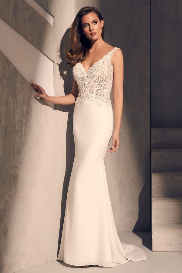2211 Wedding Dress from the Mikaella Fall 2018 Bridal Collection