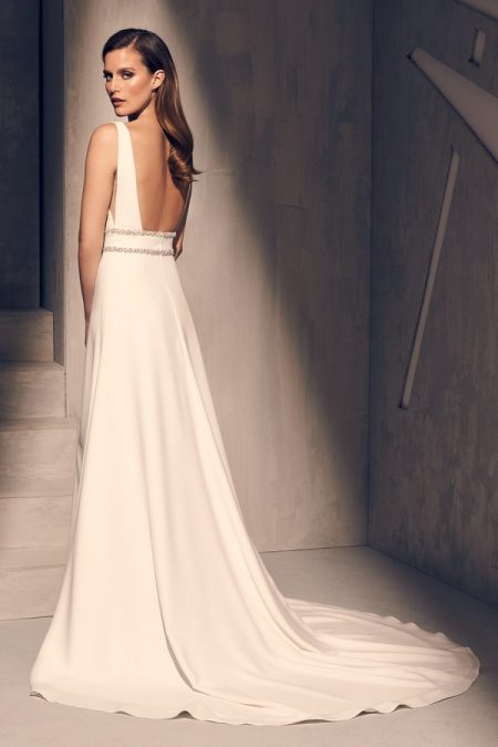 Back of 2214 Wedding Dress from the Mikaella Fall 2018 Bridal Collection
