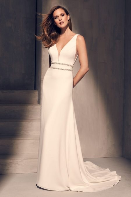 2214 Wedding Dress from the Mikaella Fall 2018 Bridal Collection