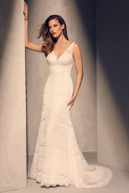 2217 Wedding Dress from the Mikaella Fall 2018 Bridal Collection