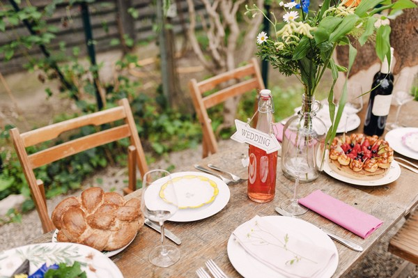 Simple, rustic wedding table styling