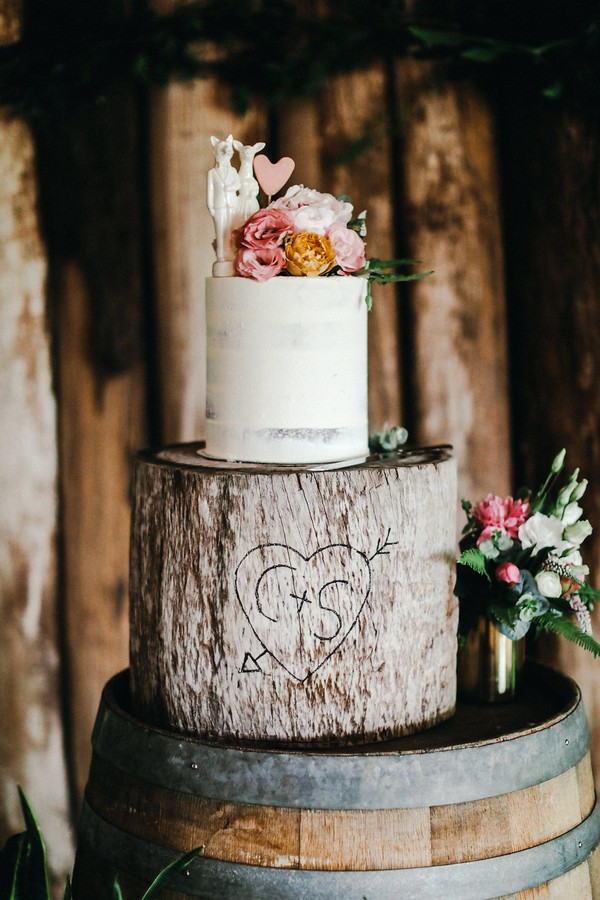 Tree effect wedding cake