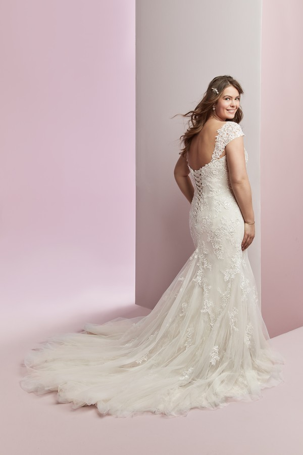 Back of Amber Plus Size Wedding Dress from the Rebecca Ingram Camille Fall 2018 Bridal Collection