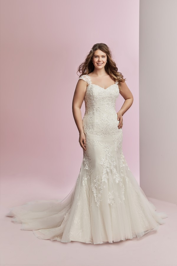 Amber Plus Size Wedding Dress from the Rebecca Ingram Camille Fall 2018 Bridal Collection