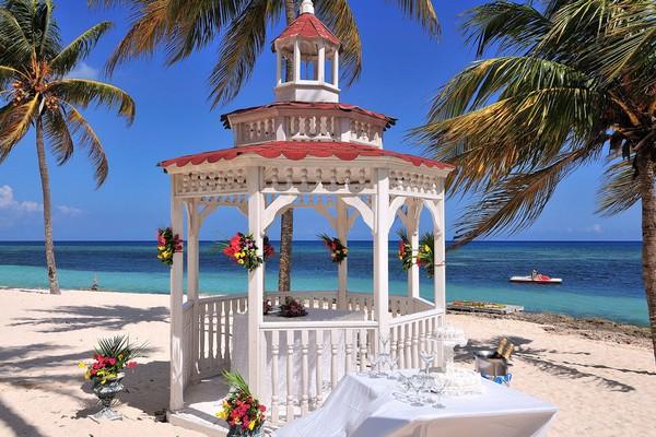 Brisas Guardalavaca, Cuba