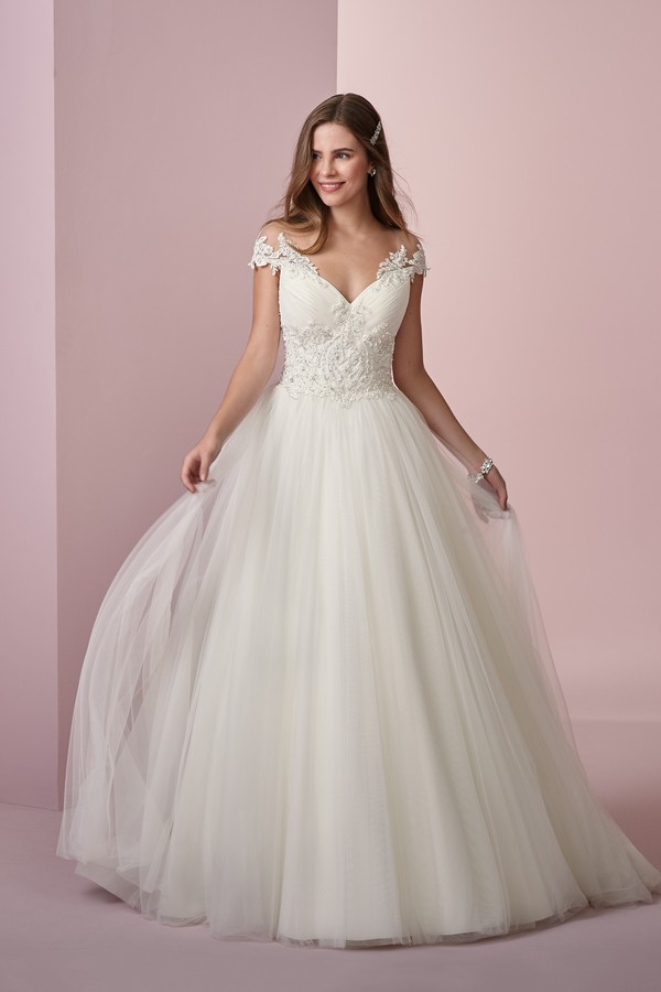 Lois Wedding Dress from the Rebecca Ingram Camille Fall 2018 Bridal Collection