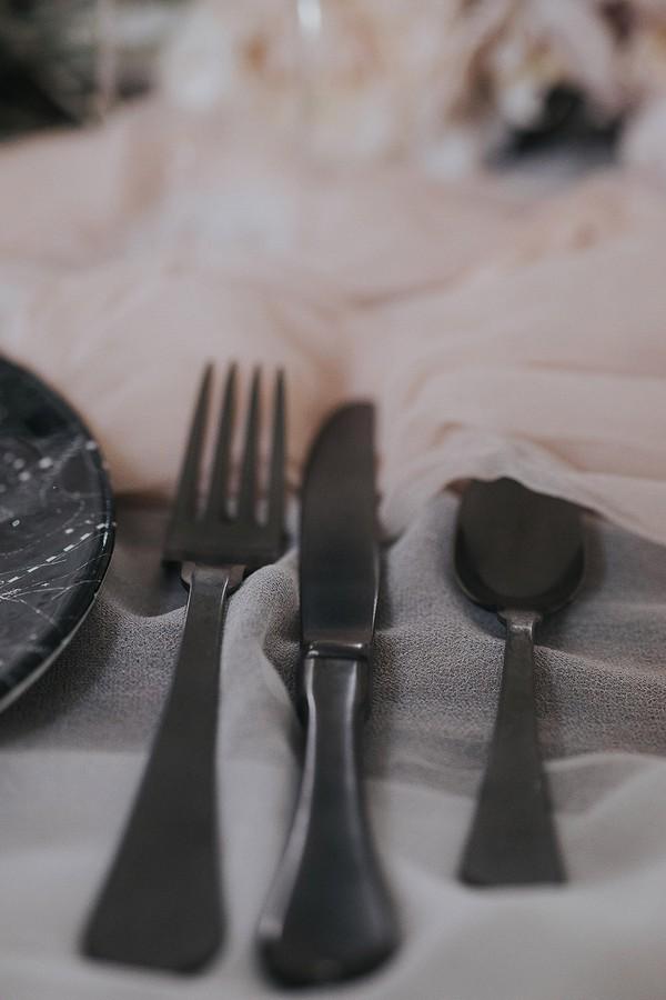 Dark cutlery