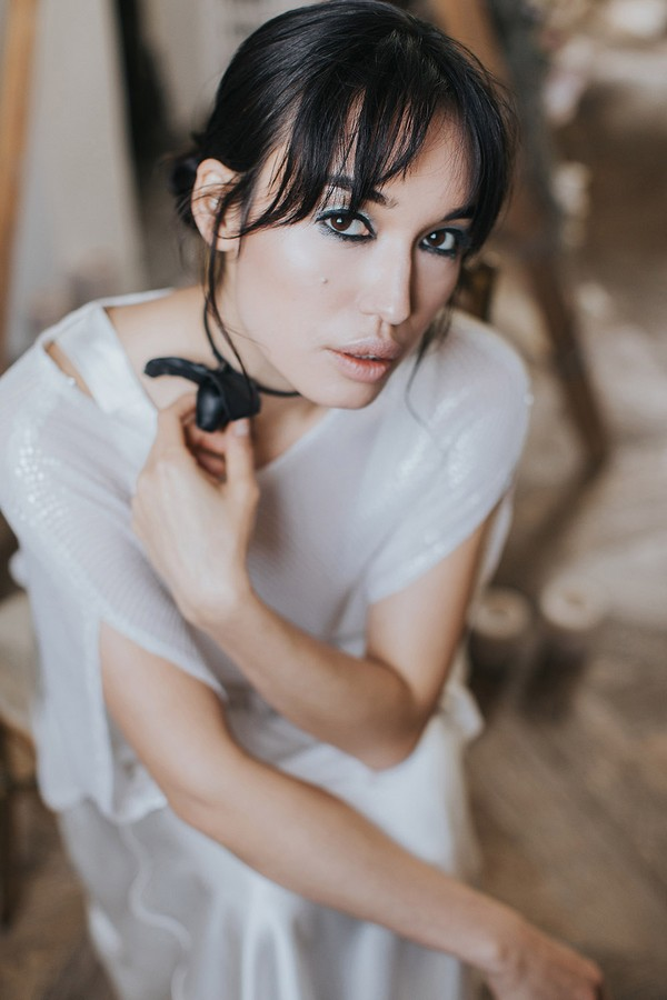 Bride with dark hair and make-up