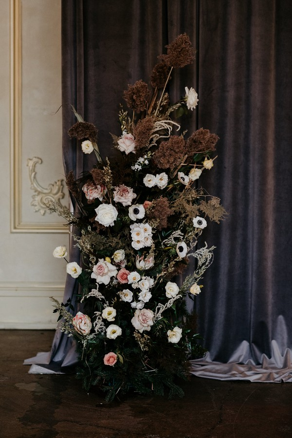 Autumnal ceremony floral display
